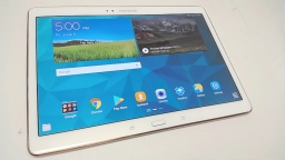 Samsung Galaxy Tab S 10.5-Inch Tablet (16 GB, , SM-T800, White), Cracked