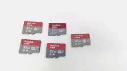 Lot of Five - 32GB Micro SD Memory Cards ( Sandisk Ultra )