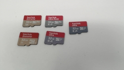 Lot of Five - 32GB Micro SD Memory Cards (Sandisk Extreme/Ultra/Ultra Plus)