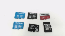 Lot of Six - 32GB Micro SD Memory Cards (Patriot & Various Brands)