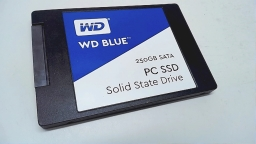 "WD Blue PC SSD 250GB SATA 2.5"" Solid State Drive, WDBNCE2500PNC"