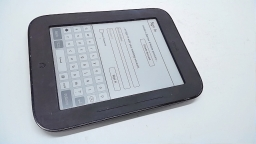 "Barnes & Noble Nook Simple Touch 6"" eReader, BNRV300, 2GB, Gray, Spot on Display"