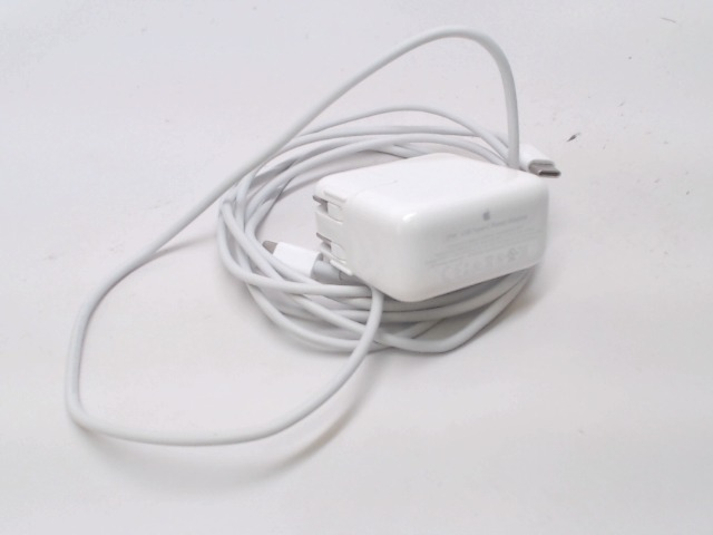 Apple 29W USB-C Power Adapter, A1540 This is a replacement Apple brand USB-C power adapter with duckhead and cable and 1 meter long cable.  This is used for the newer Apple laptops which have a USB-C connector.  Alternate part numbers: A1540