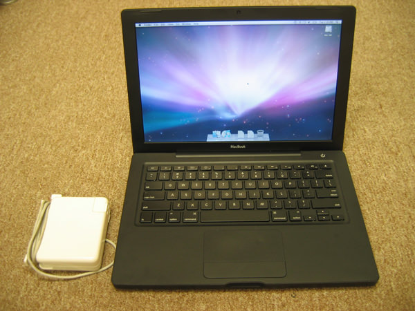 Apple Black Macbook 13 Quot 2 0ghz Core Duo 2gb 160gb Superdrive