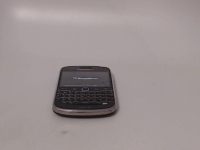BlackBerry Bold 9900 Sprint - Cracked Screen