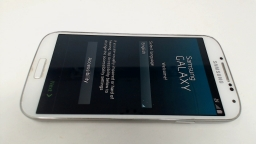Samsung Galaxy S4 SGH-i337M White, Locked To Unknown Carrier Single Sim Slot