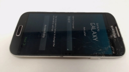 Samsung Galaxy S4 SGH-M919 Black T-Mobile CRACKED FRONT GLASS
