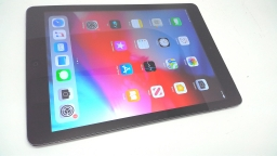 Apple iPad Air 32GB, MF004LL/A, Space Gray, Wi-Fi + Verizon