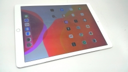 "Apple iPad Pro 12.9"" 128GB, ML3M2LL/A, Silver, Wi-Fi + Cellular, BAD BOARD"