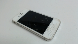 Apple iPhone 4 16GB, MC609LL/A, White, AT&T Clean ESN cracked glass both sides
