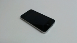 Apple iPhone 4 16GB (Black) - CDMA Verizon - Bad Front Camera & Power button