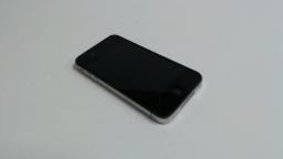 Apple iPhone 4 16GB (Black) - CDMA Verizon - Bad Front Camera & Power button