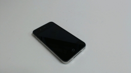 Apple iPhone 4 8GB, MD146LL/A, Black, Sprint, Bad Camera & Power button