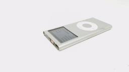 iPod Nano 2nd Gen 4GB A1199 Silver NO TOP BEZEL & MUTE SWITCH